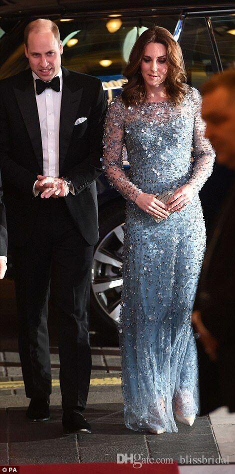 KATE MIDDLETON Stesso abito da sera lungo in cristallo blu chiaro Gioiello con collo a giro manica lunga Prom Gowns Lunghezza pavimento Abiti formali Occasioni