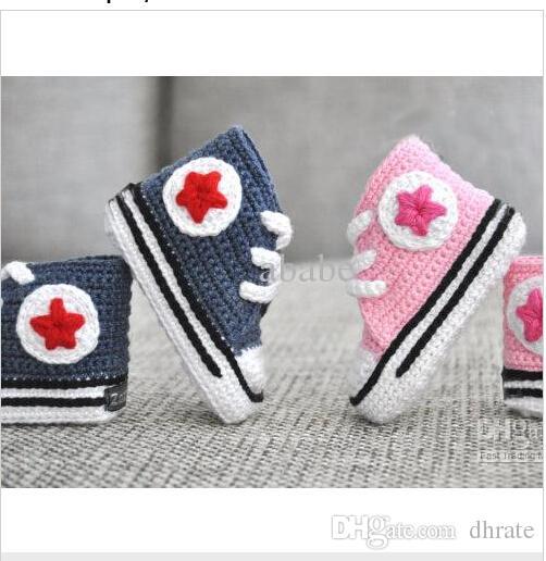 f44d4088dae13 crochet chaussons pour bébés converse - Akileos