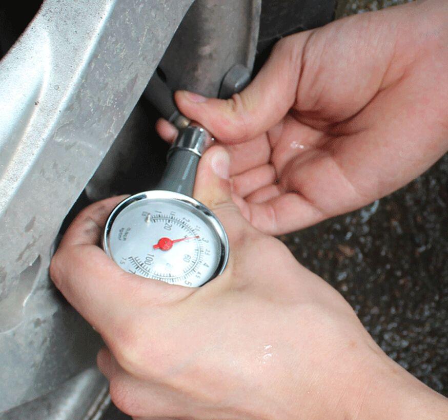 Indicador de presión portátil de los neumáticos del mini metal para la bici LB / SQ.IN KG / CM2 de la motocicleta del coche del camión