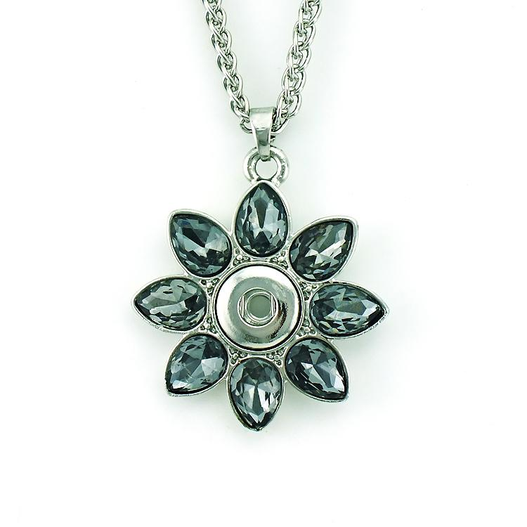 Fashion Pendants Necklace Interchangeable 12mm Snap Button Plastic Crystal Flower Statement Necklace For Women Jewelry