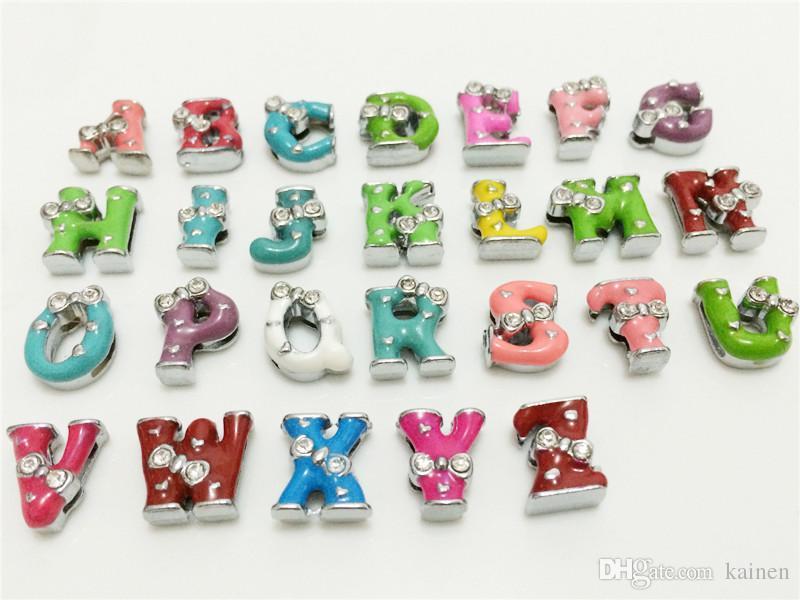 Atacado 52 Pçs / lote 8 MM Bowknot Colorized Slide Letras A-Z Alfabeto DIY Encantos de Slides Fit 8 MM Pulseiras Pulseiras Cintos Colares SL09