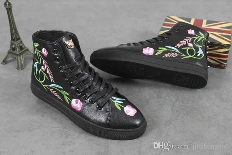 2018 New concept British leisure leather joker embroidery shoes men High help shoes wedding banquet a leather shoes M148