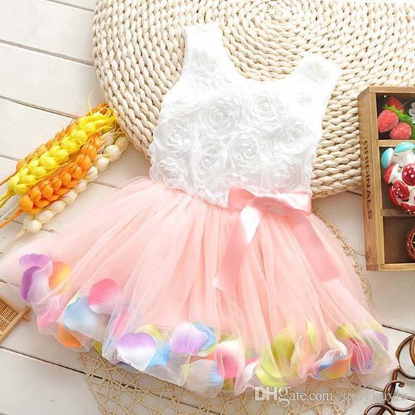 Vendita al dettaglio estate ragazza del bambino vestito rosa fiore petali colorati garza bambino abiti tutu senza maniche bambini vest vestito dalla principessa 2015 costumi TR101