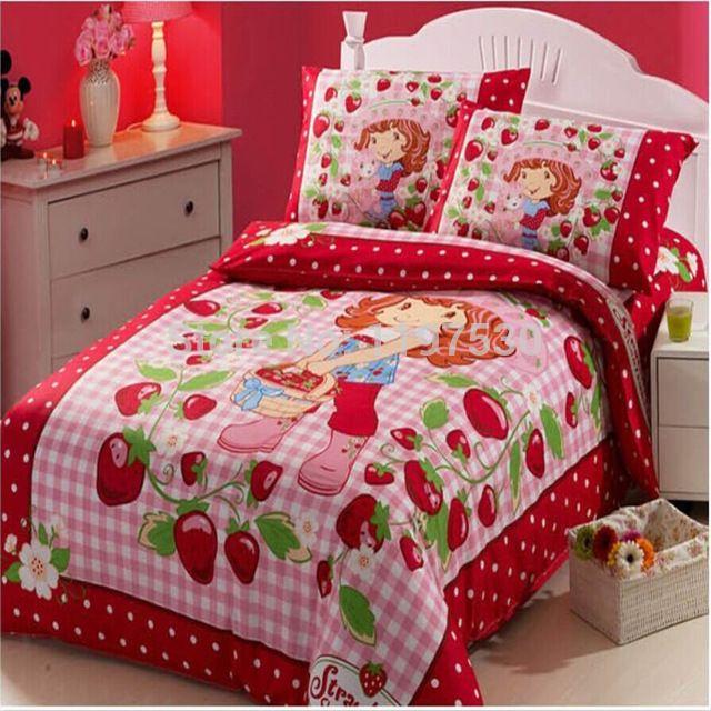 . Strawberry Shortcake Twin Bedding Set