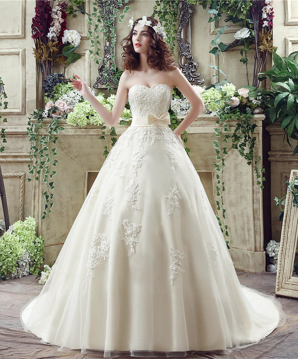 Champagne Lace Wedding Gown: Light Champagne Lace Ball Gown Wedding Dresses Sweetheart