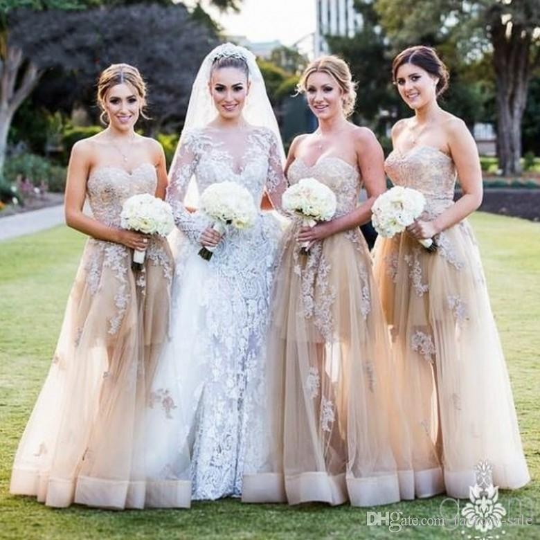 2016 Vestido de renda longo Bridesmaid Dresses A Line Sweetheart Lace Appliques Beaded Sexy Long Crepe Champagne Wedding Party Dresses