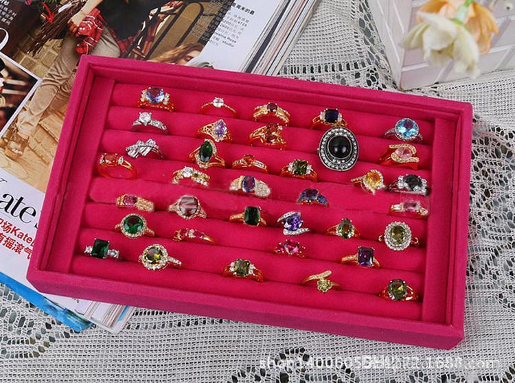 Esposizione del supporto dei gioielli dell'alto di alto grado degli anelli di velluto di alta qualità orecchini di stoccaggio delle scatole di stoccaggio dei colori differenti di trasporto libero all'ingrosso 0658wh