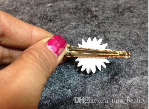 10%off Women Girls Romantic Small White Daisy Hair Clip Fabric Hair Accessories Gold Hairpins for Hair HG139