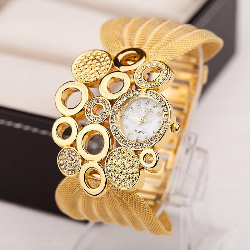 c67d42367652 Compre Regalos Reloj De Moda Ovalado Grande Diamantes Estilo Decorativo  Relojes Damas Ropa Accesorios Relojes A  17.26 Del Jingchuangcoltd