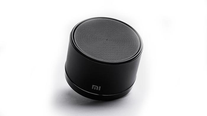 china hot selling authentic HF portable 4.0 bluetooth speaker black xiaomi speaker with HF voice suite for xiaomi HTC ect. android cellphone