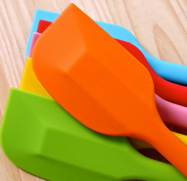 حلوى الزفاف لون الحلوى كعكة ملعقة الخليط مكشطة لأدوات كعكة ندفة الثلج