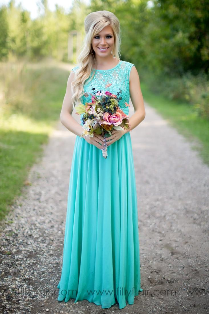 2019 Fantasy Country Style Turquoise Bridesmaid Dresses Crew Neck Sequined Lace Chiffon Long Plus Size Maid of Honor Wedding Party Dresses