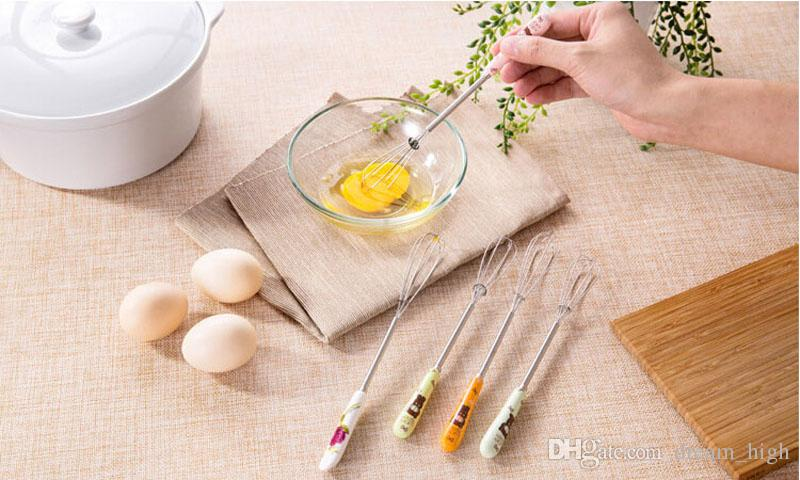 Ovo de aço inoxidável batedores de cerâmica alça cerâmica batedor de ovos torção mixer ovo cook ferramentas de cozinha misturador de bolo pequeno