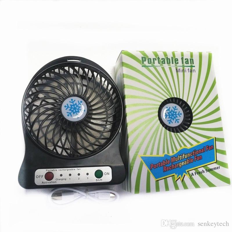 Ventola USB ricaricabile portatile 3 velocità velocità scrivania Mini raffreddamento dell'aria Ventola da tavolo con batteria 18650 e luce LED campeggio Trave