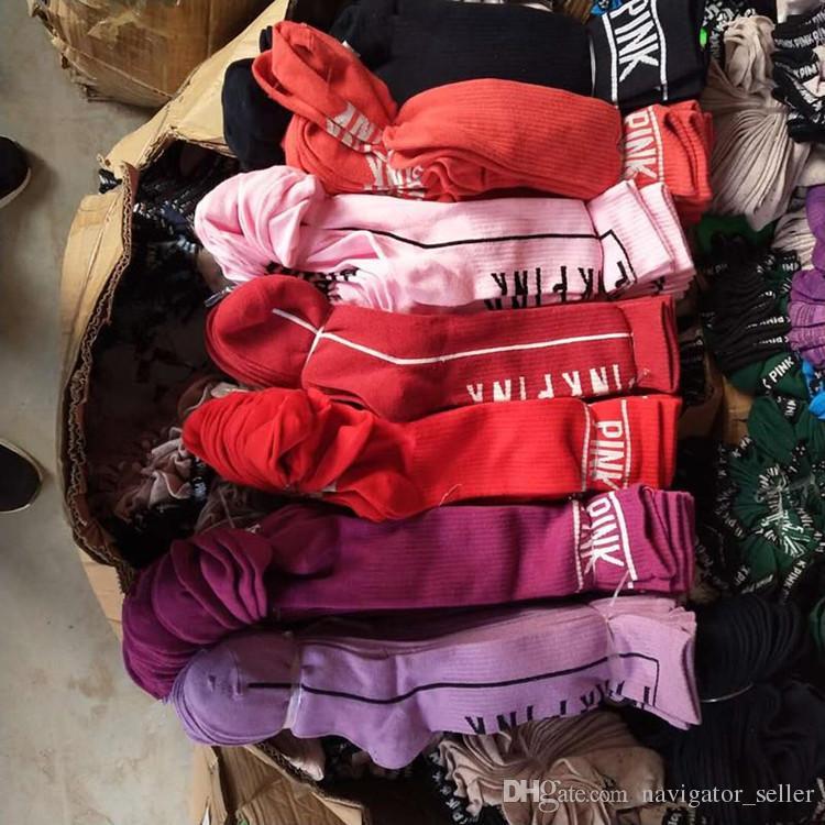 Frauen Mädchen Strümpfe Hohe Socken Mode Socken Sport Fußball Cheerleader Lange Socken Baumwolle Rosa Beinlinge Multicolor Schnelles Verschiffen