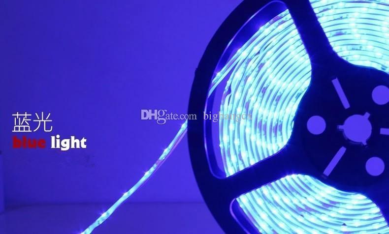 Wasserdichte IP65 5M Rolle im Freien 3528 SMD 120 LEDs / M 600 LEDs Einfarbiges flexibles LED-Streifenlicht mit 12V 5A Leistung