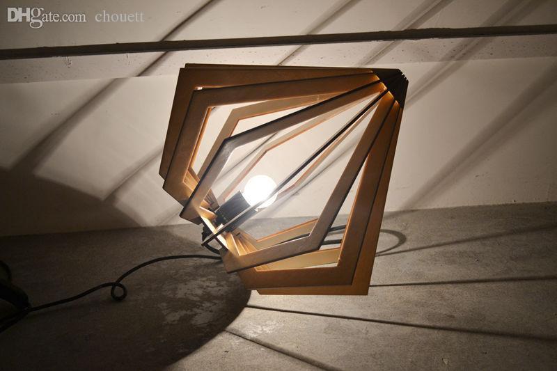 Acquista allingrosso ems lampade da tavolo a luce libera lampade da