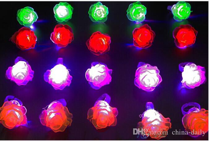 Navio livre Led Light Up Piscando Macio Rose Flor Bolha Elastic Anel Rave Festa Piscando Luzes Do Dedo Macio