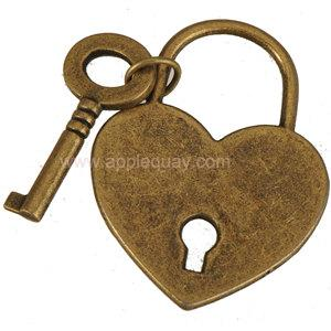 keys lock necklaces pendants charms diy bracelets heart flat smooth antique bronze metal for lovers clothes bags 38mm jewelry findings