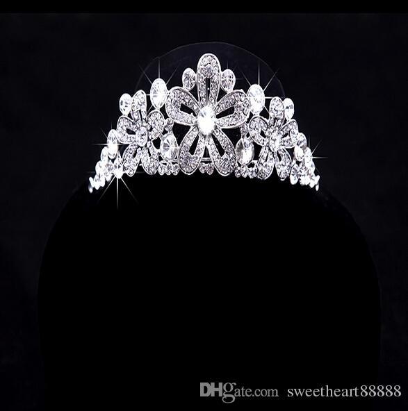 2017 venta caliente nuevo collar de diamantes de imitación de lujo pendientes de tres piezas nupcial tiaras de la boda corona accesorios para el cabello caja