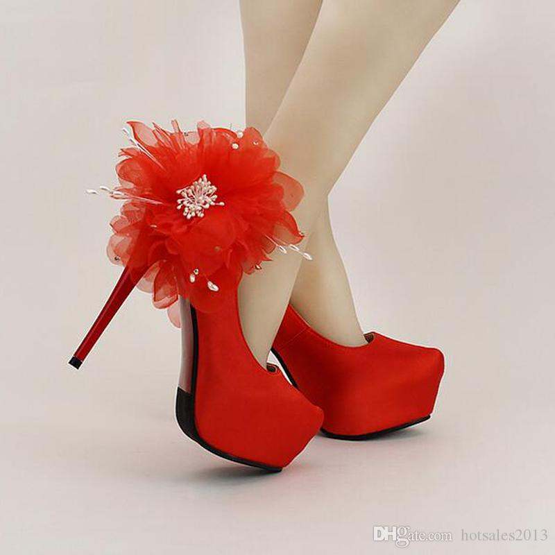 New Design Red satin Stiletto High Heel Bridal Shoes Round Toe Platforms Wedding Shoes Lace Appliques Lady Formal Dress Shoes