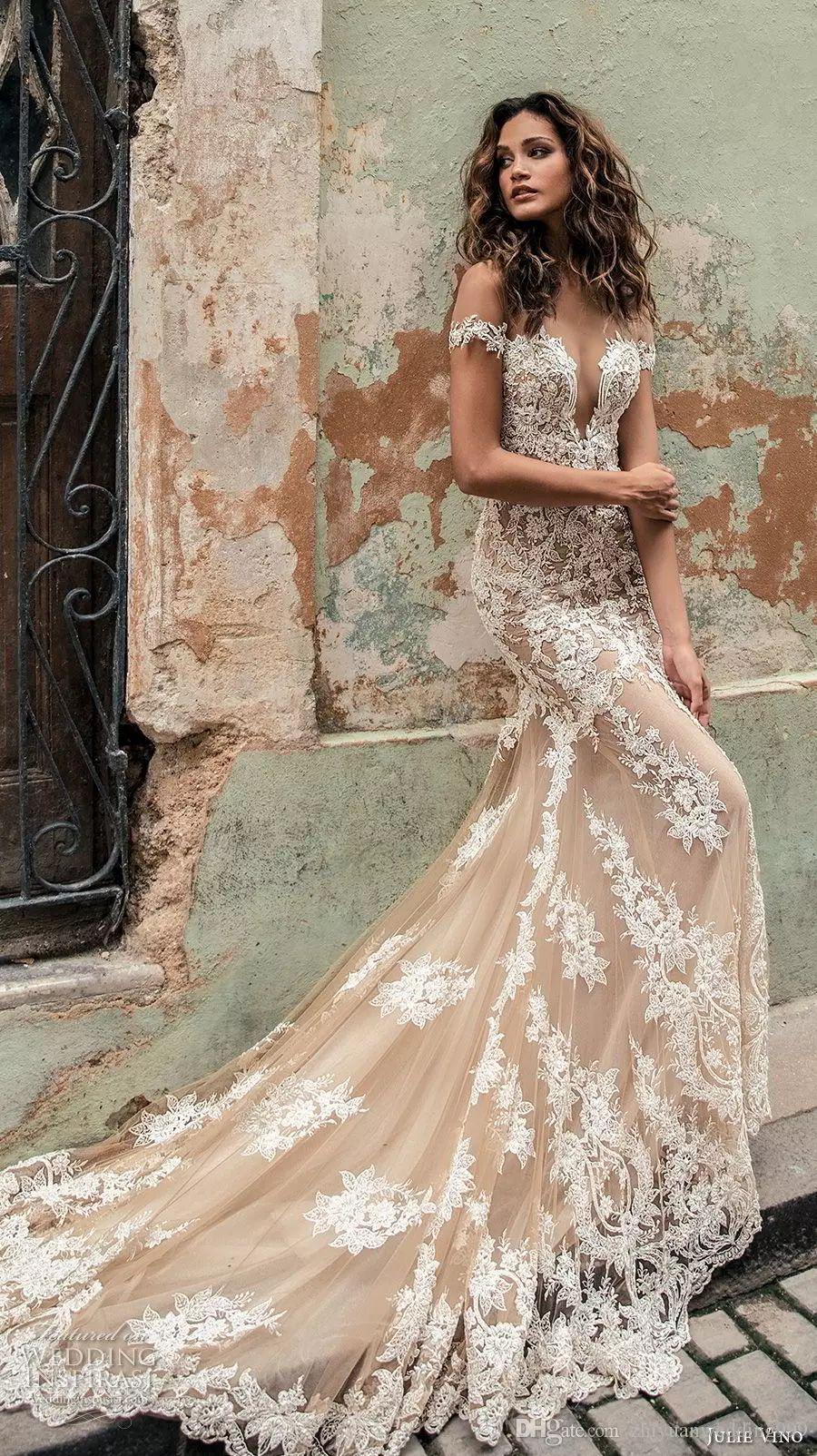 Champagne Julie Vino Wedding Dresses 2020 Off Shoulder Deep Plunging Neckline Bridal Gowns Sweep Train Lace Wedding Dress Custom Made