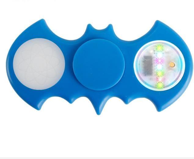 Fidget Spinners Chrome Camo LED Fidget Spinner 11 LED Beads 18 Patrones Batería reemplazable Luminous Fingertips Metal Color bat Hand Spinner