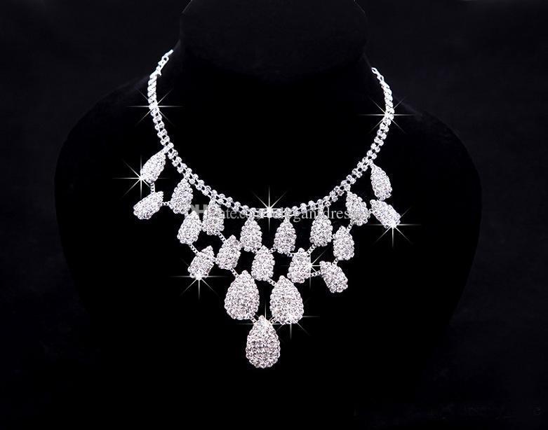 Zarif Sparky 2016 Gelin Takı Romantik Rhinestones Tiaras Şerit Kristal Kolye ve Küpe Sıcak Satış Düğün Aksesuarları