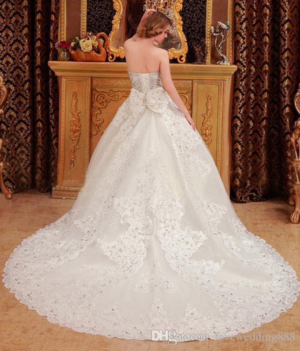 Custom Made 2019 lussuoso A-line Abito da sposa in rilievo Crystal Corset Bordo in pizzo Sweetheart Spring Abiti da sposa Vintage Brides