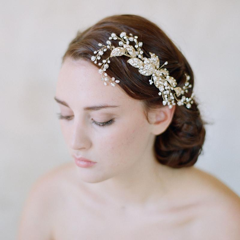 Gold Tiaras Crystal Hair Combs Bridal Rhinestones Accessories For Brides Handmade No Fading Wedding Pieces Flower