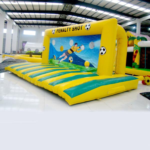 wholesall Inflatable football game for adults and kids Penalty Shot Games for kids inflatable toy for entertainment