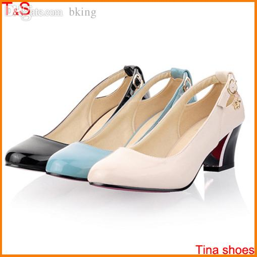 Wholesale Red Bottom Heels Shoes Women Fashion Red Sole Low Heel Pumps  Chunky Heels Ladies Shoes Big Size 9 10 11 12 A 03 Slippers For Men Loafer  Shoes From ... 9beedb82c