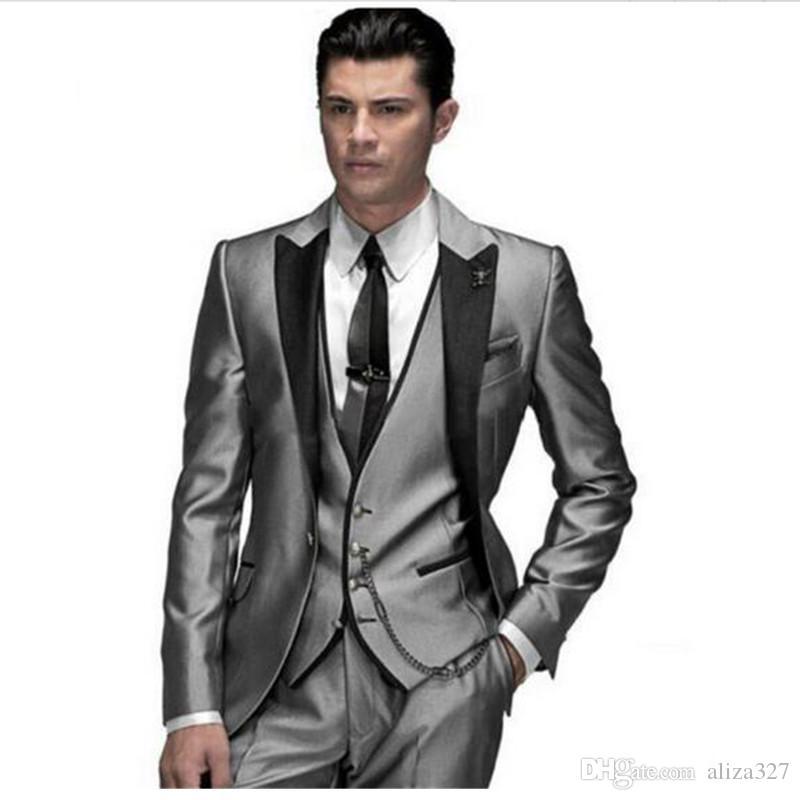 Acheter Le Tempérament Du Costume Pour Homme 2017 Nouveau Costume De  Mariage Convient À Jeune Costume Mince Hommes Paient Trois Parties Veste +  Costume ... da9d47ce572