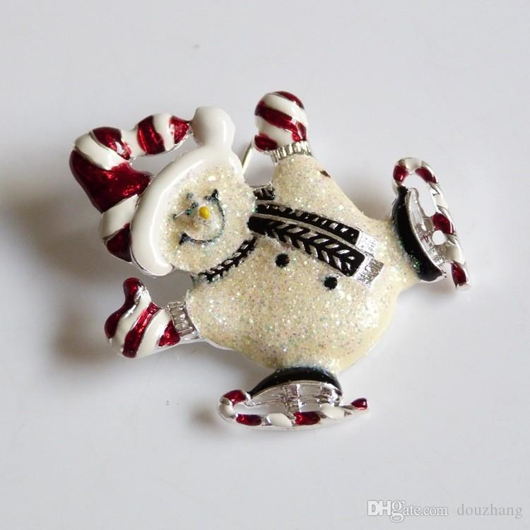 Hot Selling Personality Christmas Gifts Enamel Hat Shining Skiing Snowman Brooch Pix Xmas Jewelry Wholesale
