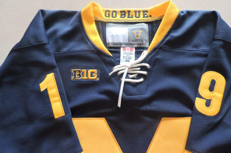 Mens NCAA Michigan Wolverines DYLAN LARKIN College Hockey Jerseys Stitched 2018 NEW AD #71 DYLAN LARKIN Detroit Red Wings Jersey S-3XL