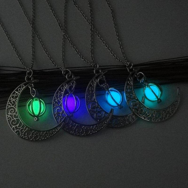 Lueur dans la sombre collier lumineux lune médaillon pendentif collier bijoux de mode pour femmes cadeau des enfants 162553