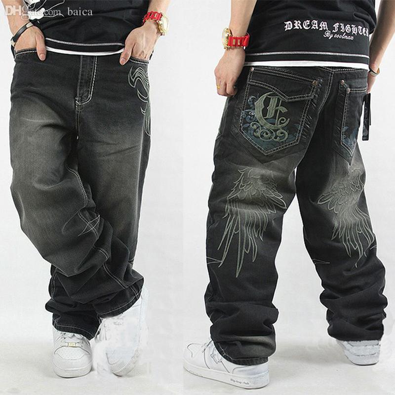 4c3a2aee508fb Compre Pantalones Vaqueros De Hiphop Al Por Mayor Hombres Monopatín Negro  Estilo Holgado De Los Pantalones Vaqueros Del Hip Hop De Los Hombres Y Los  ...