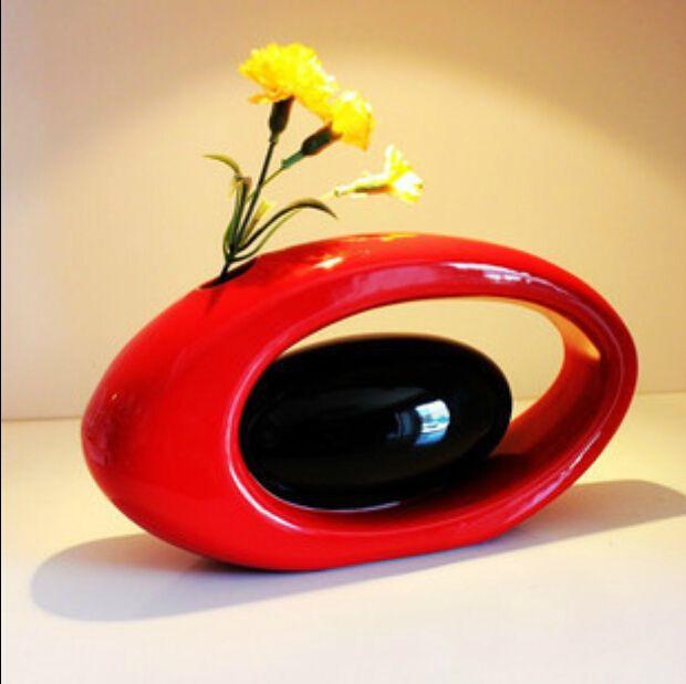 Modern Ceramic Vase For Home Decor Tabletop Vase Egg Shape Red Black White  Color Red Vase Set Red Vases From Lovehomes, $37.95| Dhgate.Com