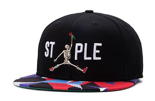 Stylish Guys Baseball Caps Hiphop 3D Embroidery Canvas Snapback ... 113216cce10