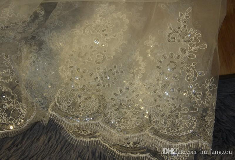 Best Selling Luxury Real Image Wedding Veils Three Meters Long Veils Lace Applique Crystals One Layer Cathedral Length Cheap Bridal Veil