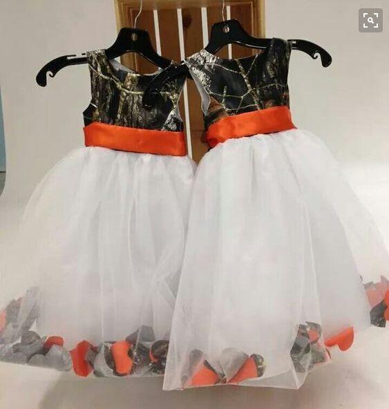 2016 Страна Оранжевая лента Sash Camo Цветок Девушка Платья с Белой Органзы Детские Официальные Партии Длина Пола