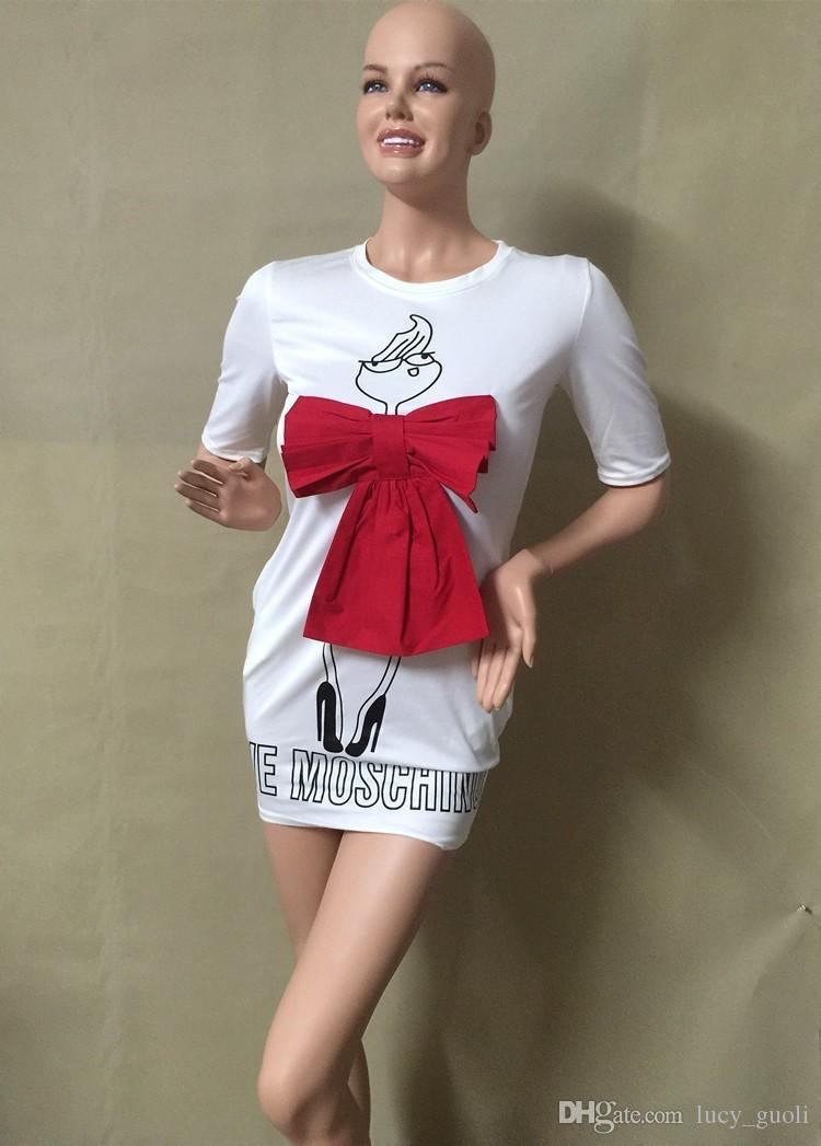 2016 Estate Cartoon Lettera carattere stampa Red Bow Dress Casual O-Collo manica corta Abiti Abiti Moda allentato Donne Dress Plus Size XL