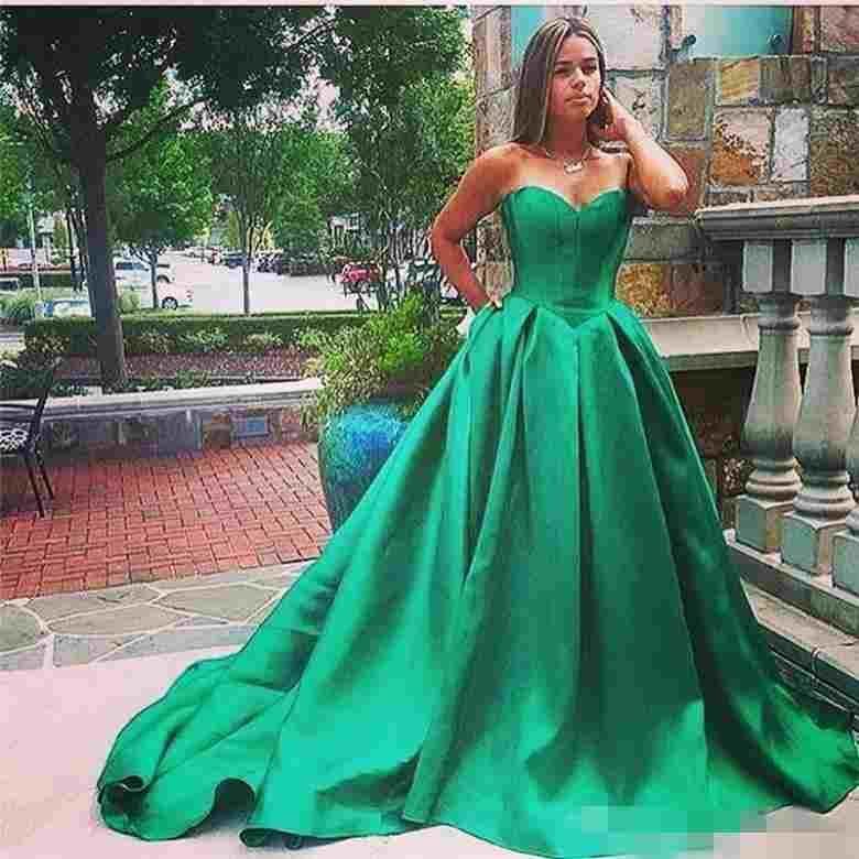 Vestidos formales De Festa Sweetheart Green Prom Vestidos Satin Long Cheap Plus Size Vestidos de noche Sin respaldo Ocasión especial Ropa de mujer