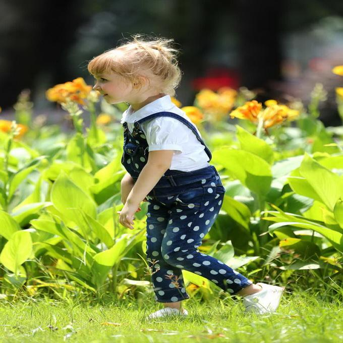 Hot Sale Retail Cotton Dot Girls Overalls Cute Denim Children Pants Fancy Kids Clothes For Selling SP80922-03