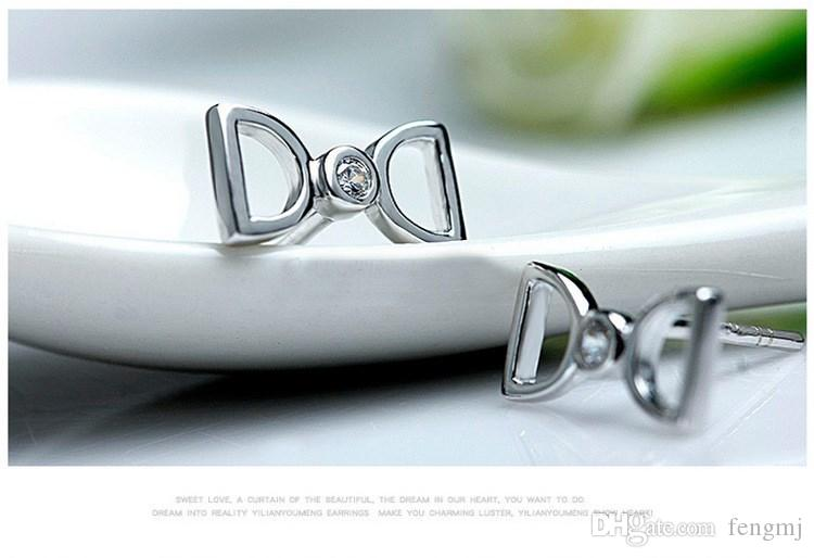 Fashion Star Jewelry 925 Sterling Silber Double D Brief Ohrringe Kristall Frau Modeschmuck