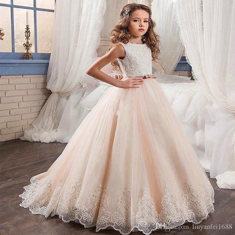 Маленькая королева платье белого кружева цветок девочки платья свадебного банкета вышитый бисером талии платье детей 2021 Горячий продавать 03