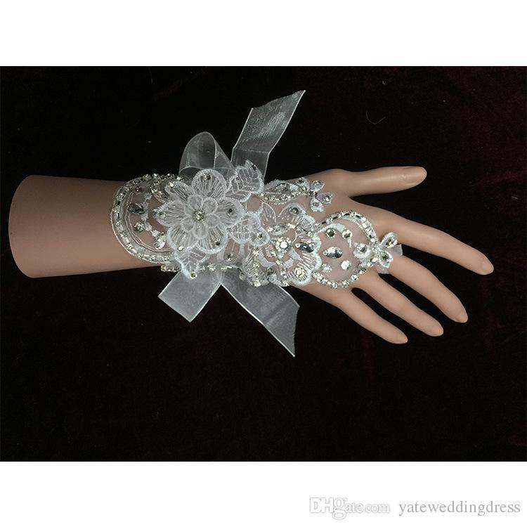 Armbåge längd bröllop tillbehör bröllop handskar tulle / netto satin brudhandskar vit / beige mitten personifierad billig 2015 vinter ny ankomst