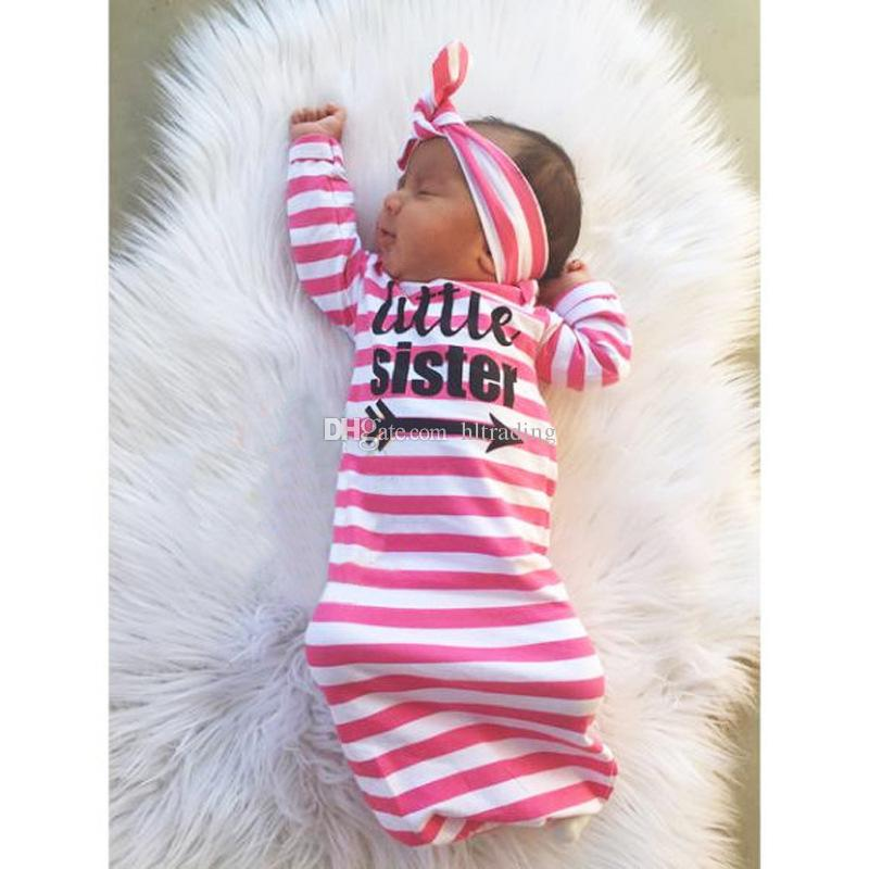 Bebek şerit Uyku Tulumları Bebek mektup Kundaklama Yenidoğan Pamuk baskı Battaniye Bandı Ile 2 adet / takım C3026
