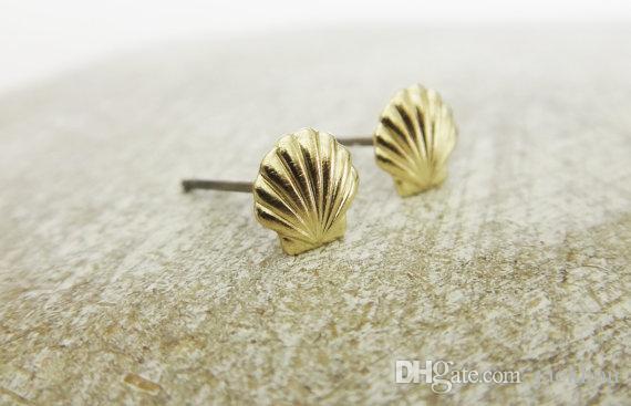 Gold Silver Sea Clam Shell Orecchini Seashell Orecchini a conchiglia Beach Conch Orecchini Nautical Ariel Mermaid Studs Jewelry