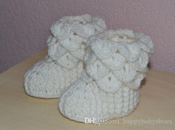 Crocodile stitch baby booties, white Crochet booties, Crochet baby socks, Crochet baby shoes, baby gift, baby shower0-12M customer